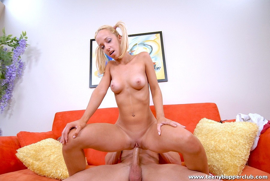 blondes mom milf – Other