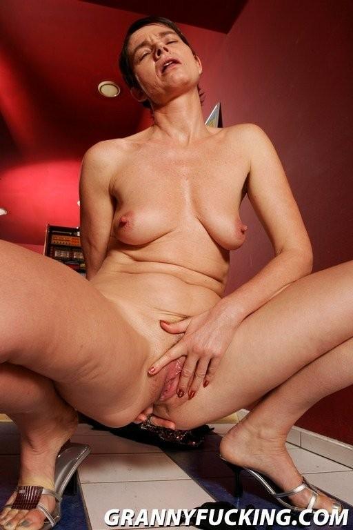 anushka sharma nude photoshoot – Erotic