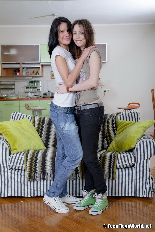 best handjobs ever – Lesbian