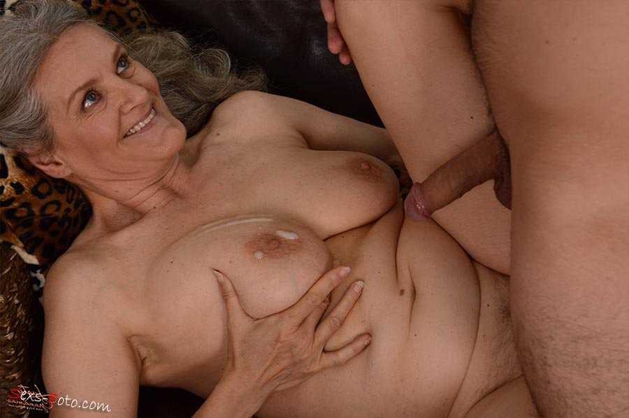 tiny woman creampie – Other
