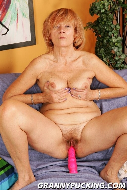 hairy mature nipples – Pornostar