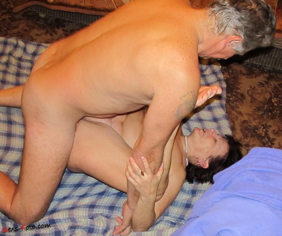 how does a eunuch pee – Pornostar