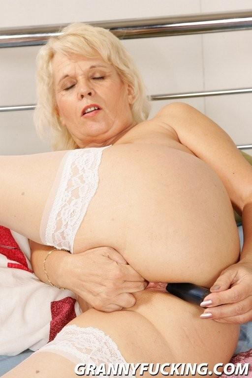 nadia blowjob nijas – BDSM