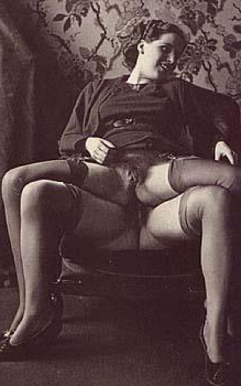 nude mature womens – Femdom