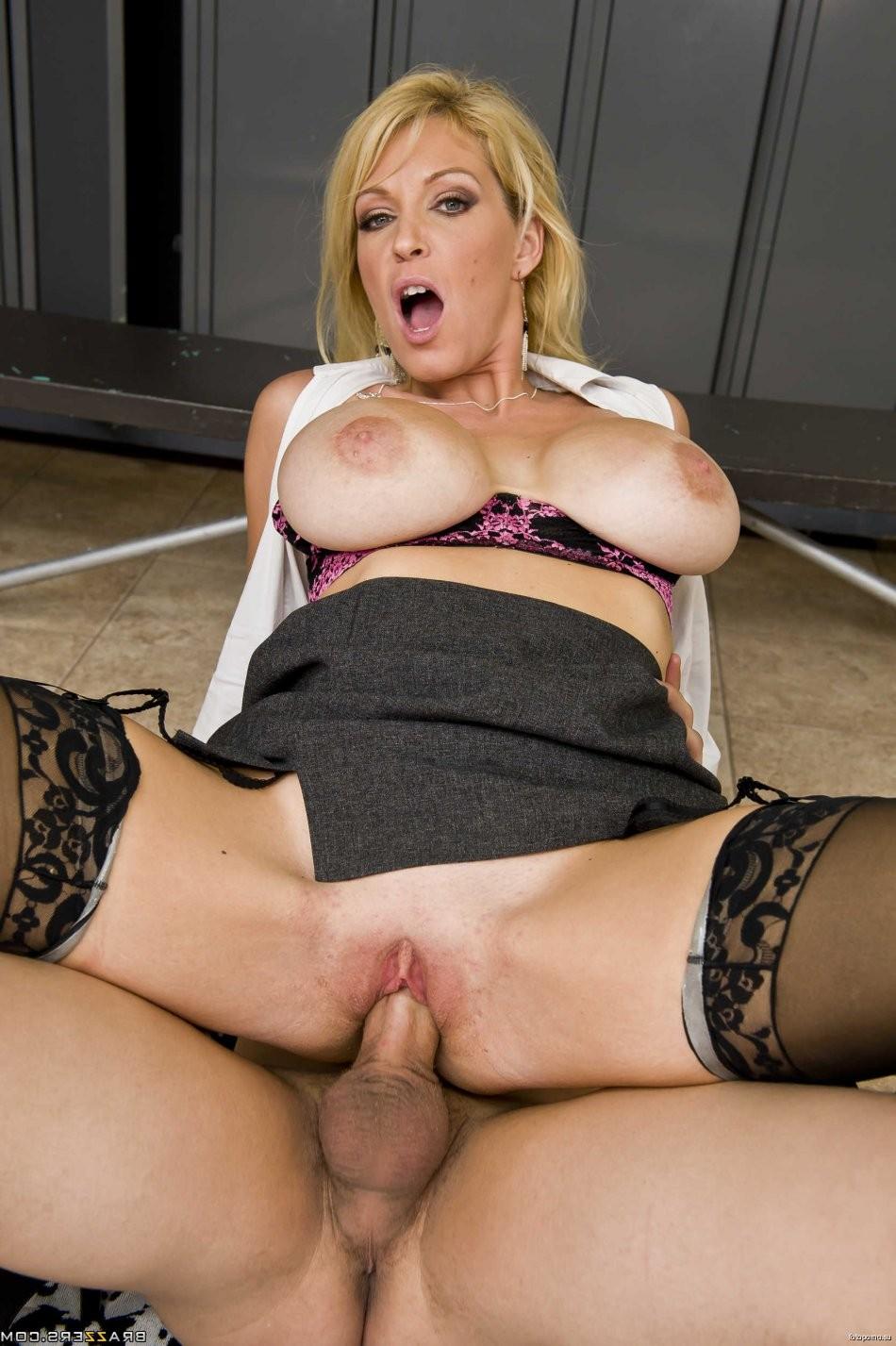 bras big boobs – Erotic