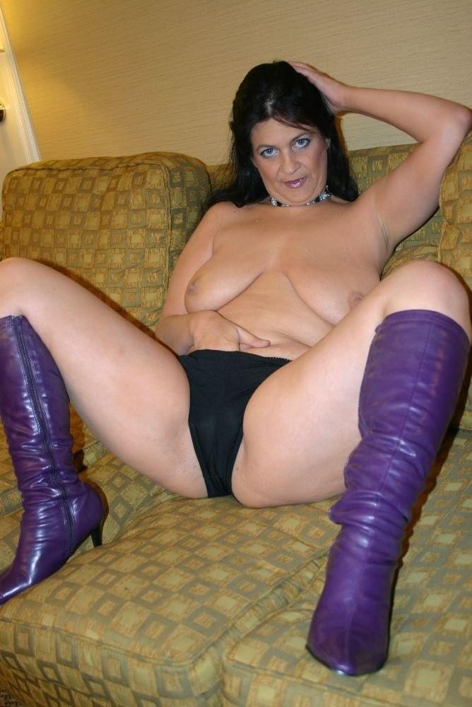 booty mom xxx – BDSM